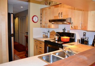 """Photo 9: 102 1665 ARBUTUS Street in Vancouver: Kitsilano Condo for sale in """"THE BEACHES"""" (Vancouver West)  : MLS®# R2353969"""