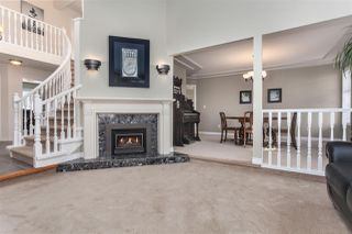 Photo 5: 14211 86 Avenue in Surrey: Bear Creek Green Timbers House for sale : MLS®# R2355775