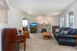 Photo 7: 14211 86 Avenue in Surrey: Bear Creek Green Timbers House for sale : MLS®# R2355775