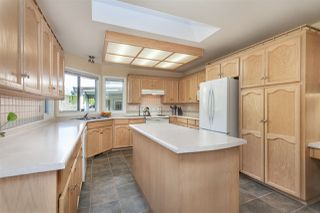Photo 11: 14211 86 Avenue in Surrey: Bear Creek Green Timbers House for sale : MLS®# R2355775