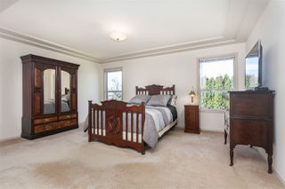 Photo 12: 14211 86 Avenue in Surrey: Bear Creek Green Timbers House for sale : MLS®# R2355775