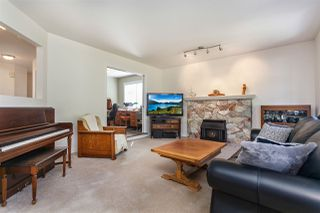 Photo 8: 14211 86 Avenue in Surrey: Bear Creek Green Timbers House for sale : MLS®# R2355775