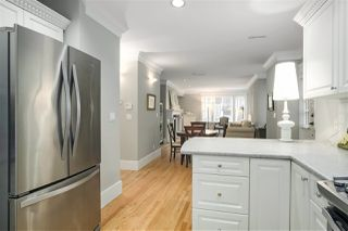 """Photo 13: 1 217 E KEITH Road in North Vancouver: Lower Lonsdale Townhouse for sale in """"PAINE RESIDENCE"""" : MLS®# R2358565"""