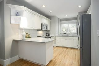 """Photo 10: 1 217 E KEITH Road in North Vancouver: Lower Lonsdale Townhouse for sale in """"PAINE RESIDENCE"""" : MLS®# R2358565"""