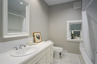 """Photo 17: 1 217 E KEITH Road in North Vancouver: Lower Lonsdale Townhouse for sale in """"PAINE RESIDENCE"""" : MLS®# R2358565"""