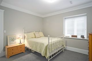 """Photo 15: 1 217 E KEITH Road in North Vancouver: Lower Lonsdale Townhouse for sale in """"PAINE RESIDENCE"""" : MLS®# R2358565"""