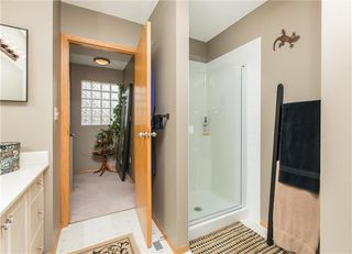 Photo 25: 2 6408 BOWWOOD Drive NW in Calgary: Bowness Row/Townhouse for sale : MLS®# C4241912