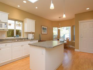 Photo 2: 1 1646 Balmoral Ave in COMOX: CV Comox (Town of) Row/Townhouse for sale (Comox Valley)  : MLS®# 813607