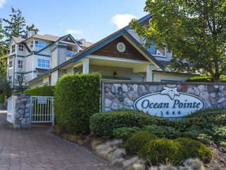 Photo 1: 1 1646 Balmoral Ave in COMOX: CV Comox (Town of) Row/Townhouse for sale (Comox Valley)  : MLS®# 813607