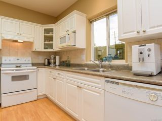 Photo 15: 1 1646 Balmoral Ave in COMOX: CV Comox (Town of) Row/Townhouse for sale (Comox Valley)  : MLS®# 813607