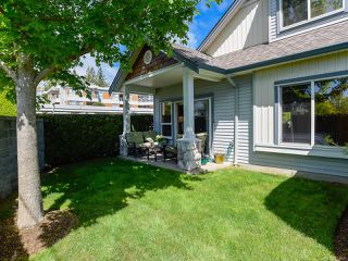 Photo 7: 1 1646 Balmoral Ave in COMOX: CV Comox (Town of) Row/Townhouse for sale (Comox Valley)  : MLS®# 813607