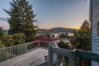 Photo 8: 168 ROE Drive in Port Moody: Barber Street House for sale : MLS®# R2368693