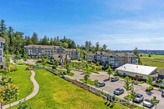 """Photo 13: 403 16398 64 Avenue in Surrey: Cloverdale BC Condo for sale in """"The Ridge at Bose Farms"""" (Cloverdale)  : MLS®# R2379269"""