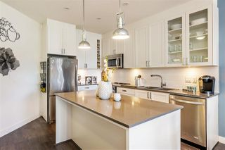 """Photo 6: 403 16398 64 Avenue in Surrey: Cloverdale BC Condo for sale in """"The Ridge at Bose Farms"""" (Cloverdale)  : MLS®# R2379269"""