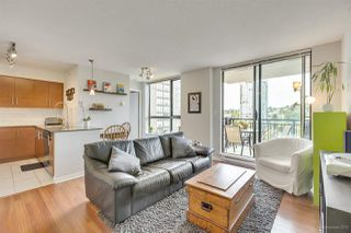 "Photo 10: 1302 833 AGNES Street in New Westminster: Downtown NW Condo for sale in ""NEWS"" : MLS®# R2380511"
