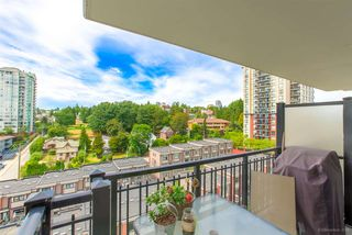 "Photo 12: 1302 833 AGNES Street in New Westminster: Downtown NW Condo for sale in ""NEWS"" : MLS®# R2380511"