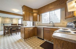 Photo 13: 932 RICE Road in Edmonton: Zone 14 House for sale : MLS®# E4162346