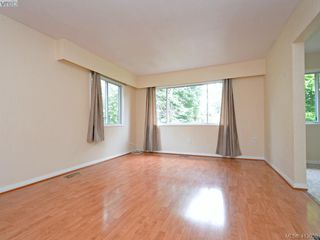 Photo 3: 2444 Lovell Avenue in SIDNEY: Si Sidney North-East Revenue Duplex for sale (Sidney)  : MLS®# 413050