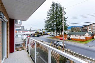 """Photo 15: 205 1990 WESTMINSTER Avenue in Port Coquitlam: Glenwood PQ Condo for sale in """"The Arden"""" : MLS®# R2386262"""