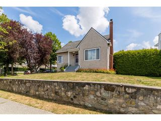 Photo 3: 7312 VICTORIA Drive in Vancouver: Fraserview VE House for sale (Vancouver East)  : MLS®# R2388837