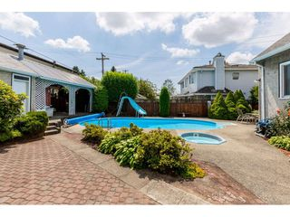 Photo 16: 7312 VICTORIA Drive in Vancouver: Fraserview VE House for sale (Vancouver East)  : MLS®# R2388837