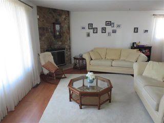 Photo 2: 70 Thunder Bay in Winnipeg: Meadowood Residential for sale (2E)  : MLS®# 1924614