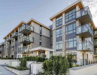 Main Photo: 301 707 E 3 Street in North Vancouver: Queensbury Condo for sale : MLS®# R2414187