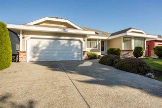 Main Photo: 14877 20 Avenue in Surrey: Sunnyside Park Surrey House for sale (South Surrey White Rock)  : MLS®# R2415002