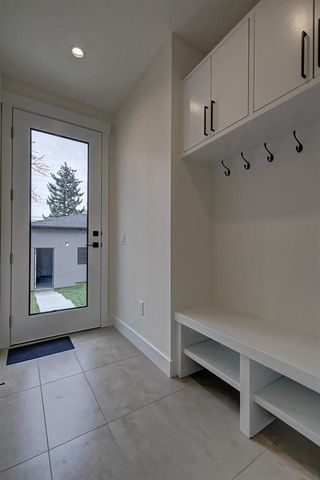 Photo 16: 306 30 Avenue NE in Calgary: Tuxedo Park Semi Detached for sale : MLS®# C4283291