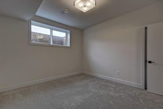Photo 40: 306 30 Avenue NE in Calgary: Tuxedo Park Semi Detached for sale : MLS®# C4283291