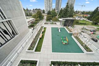 "Photo 15: 705 13438 CENTRAL Avenue in Surrey: Whalley Condo for sale in ""PRIME ON THE PLAZA"" (North Surrey)  : MLS®# R2435600"