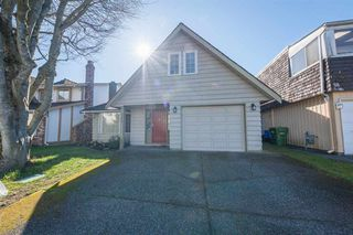 Main Photo: 6340 DOULTON Avenue in Richmond: Woodwards House for sale : MLS®# R2442545