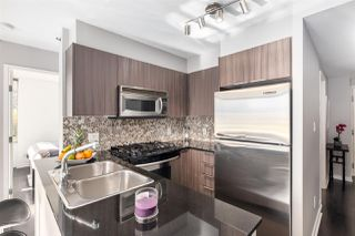 """Photo 9: 409 822 SEYMOUR Street in Vancouver: Downtown VW Condo for sale in """"L'Aria"""" (Vancouver West)  : MLS®# R2444426"""