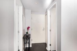 """Photo 13: 409 822 SEYMOUR Street in Vancouver: Downtown VW Condo for sale in """"L'Aria"""" (Vancouver West)  : MLS®# R2444426"""