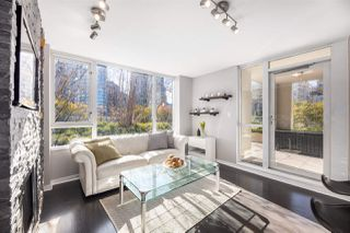 "Photo 4: 409 822 SEYMOUR Street in Vancouver: Downtown VW Condo for sale in ""L'Aria"" (Vancouver West)  : MLS®# R2444426"