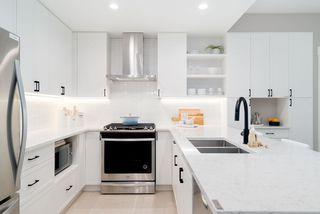 Photo 2: 207 22265 DEWDNEY TRUNK Avenue in Maple Ridge: West Central Condo for sale : MLS®# R2469331