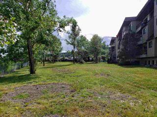 Photo 14: 415 392 KILLOREN Crescent in Prince George: Heritage Condo for sale (PG City West (Zone 71))  : MLS®# R2490206