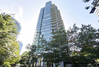 "Main Photo: 1601 1680 BAYSHORE Drive in Vancouver: Coal Harbour Condo for sale in ""BAYSHORE GARDENS"" (Vancouver West)  : MLS®# R2495713"