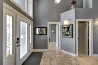 Photo 2: 335 DARLINGTON Crescent in Edmonton: Zone 20 House for sale : MLS®# E4215351