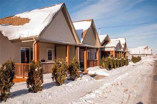 Photo 2: 5 720 Kingsway in Winnipeg: River Heights North Condominium for sale (1C)  : MLS®# 202100598
