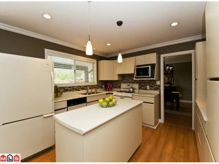 "Photo 4: 2155 152A Street in Surrey: King George Corridor House for sale in ""SUNNYSIDE"" (South Surrey White Rock)  : MLS®# F1114401"