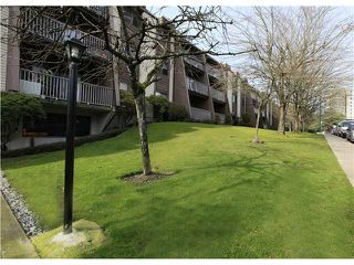 "Photo 10: # 106 - 3921 Carrigan Court in Burnaby: Government Road Condo for sale in ""LOUGHEED ESTATES"" (Burnaby North)  : MLS®# V934136"