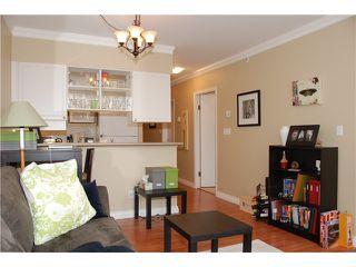 Photo 3: 202 1888 York Avenue in Vancouver: Kitslano Condo for sale (Vancouver West)  : MLS®# V944205