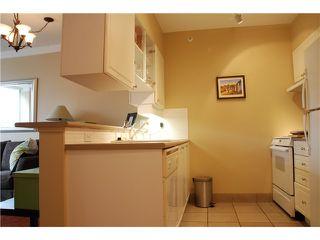 Photo 5: 202 1888 York Avenue in Vancouver: Kitslano Condo for sale (Vancouver West)  : MLS®# V944205
