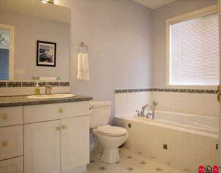 "Photo 6: 21016 86TH AV in Langley: Walnut Grove House  in ""MANOR PARK"" : MLS®# F2608873"