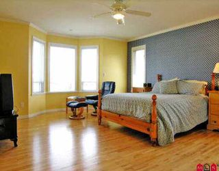 "Photo 5: 21016 86TH AV in Langley: Walnut Grove House  in ""MANOR PARK"" : MLS®# F2608873"