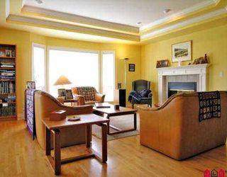 "Photo 3: 21016 86TH AV in Langley: Walnut Grove House  in ""MANOR PARK"" : MLS®# F2608873"