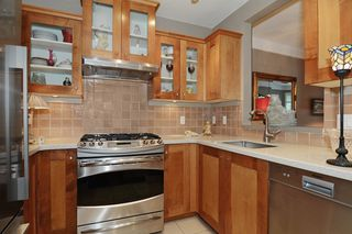 "Photo 10: 210 3088 W 41ST Avenue in Vancouver: Kerrisdale Condo for sale in ""LANESBOROUGH"" (Vancouver West)  : MLS®# V1048827"