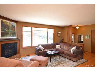 Photo 4: 251 Dussault Avenue in WINNIPEG: Windsor Park / Southdale / Island Lakes Residential for sale (South East Winnipeg)  : MLS®# 1409904