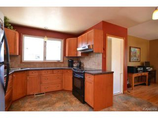 Photo 8: 251 Dussault Avenue in WINNIPEG: Windsor Park / Southdale / Island Lakes Residential for sale (South East Winnipeg)  : MLS®# 1409904